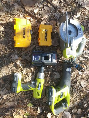 Ryobi 18V Family pack/ Dewalt accessory packe with quick connect bits and miscellaneous for Sale in Denver, CO