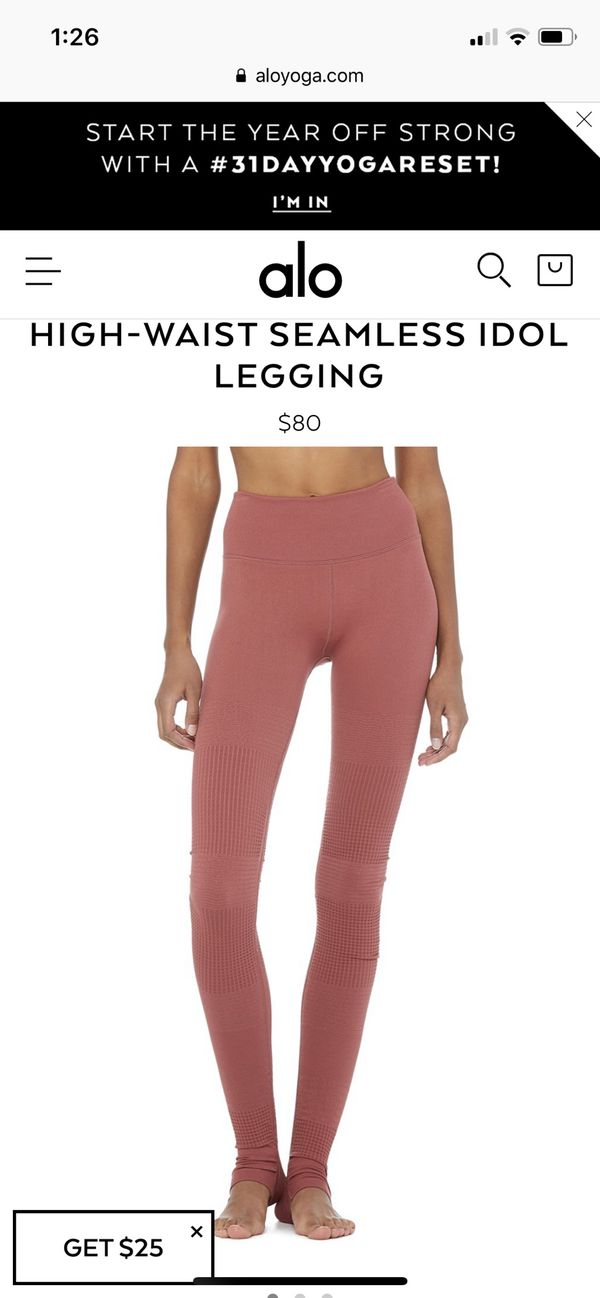 b25f975072ded7 Alo Yoga seamless idol leggings for Sale in Puyallup, WA - OfferUp