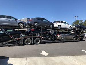 Car carrier trailer listo para hacer dinero for Sale in Miami, FL