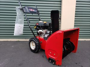 Photo LIKE NEW Craftsman 179cc HEAVY DUTY 2 stage Snow Blower Electric Start PRICE IS FIRM