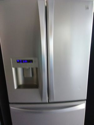 Kenmore elite stainless steel french Door fridge FREE DELIVERY for Sale in Mesa, AZ