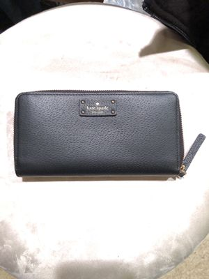 Kate spade wallet for Sale in Apex, NC