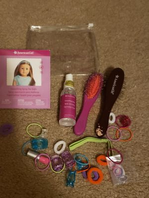 Photo American girl doll smoothing spray hair kit