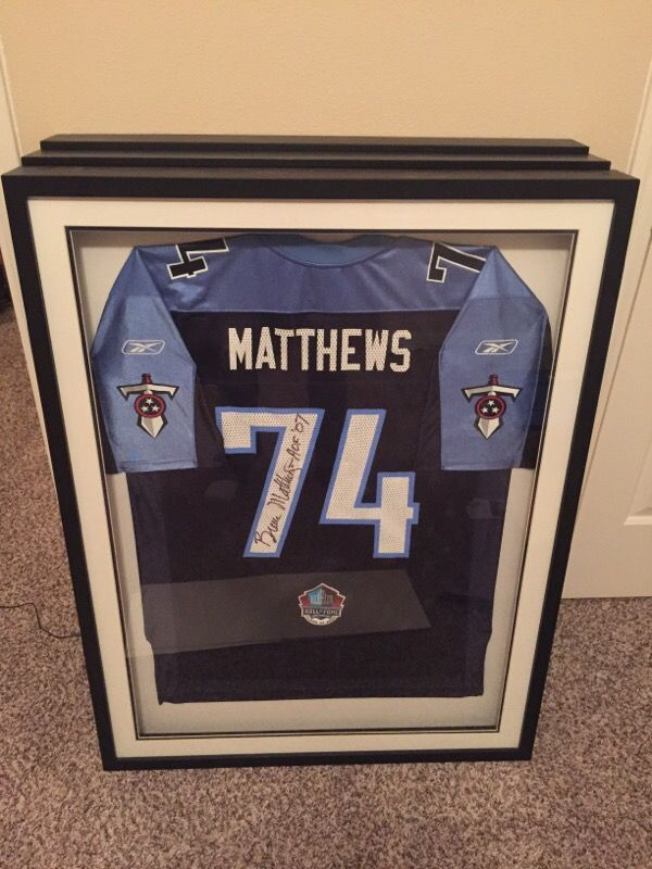 big sale b148a d19f4 Bruce Matthews autographed Titans jersey professionally framed for Sale in  Houston, TX - OfferUp
