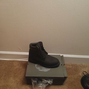Brand new fresh out the box Timberlands size 9.5 , 10 , 11 ,and 12 no checks no exception only cash and m1y orders $100 text me {contact info removed} for Sale in Baltimore, MD