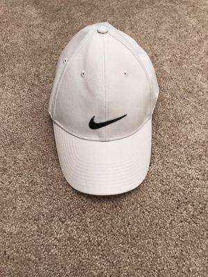 Men's Nike hat for Sale in Charlottesville, VA