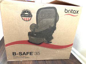 Photo Britax B Safe 35 baby car seat