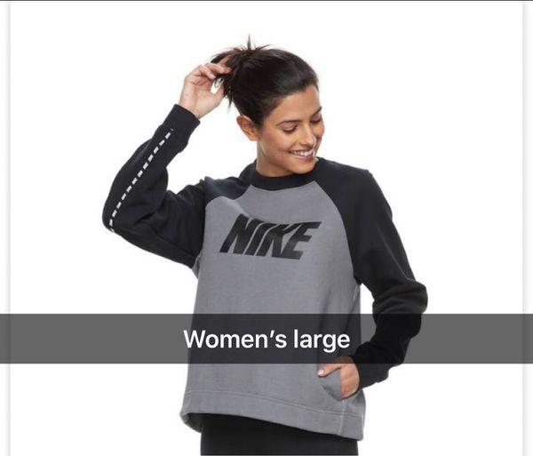 Women s Nike Sportswear Crew Neck Sweatshirt 0792996d0
