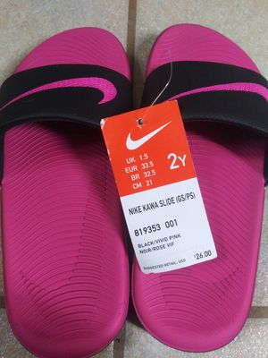 Photo Brand new girls nike flip flops size 2y