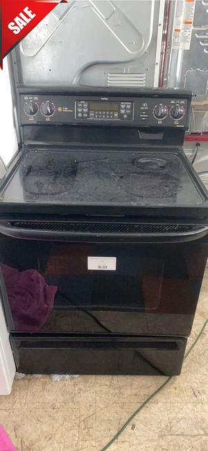 Photo 🌟🌟Black Electric Stove Oven GE Glass Top #817🌟🌟
