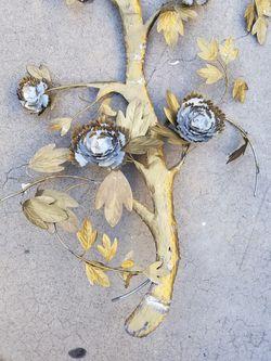 Decorative metal tree Thumbnail