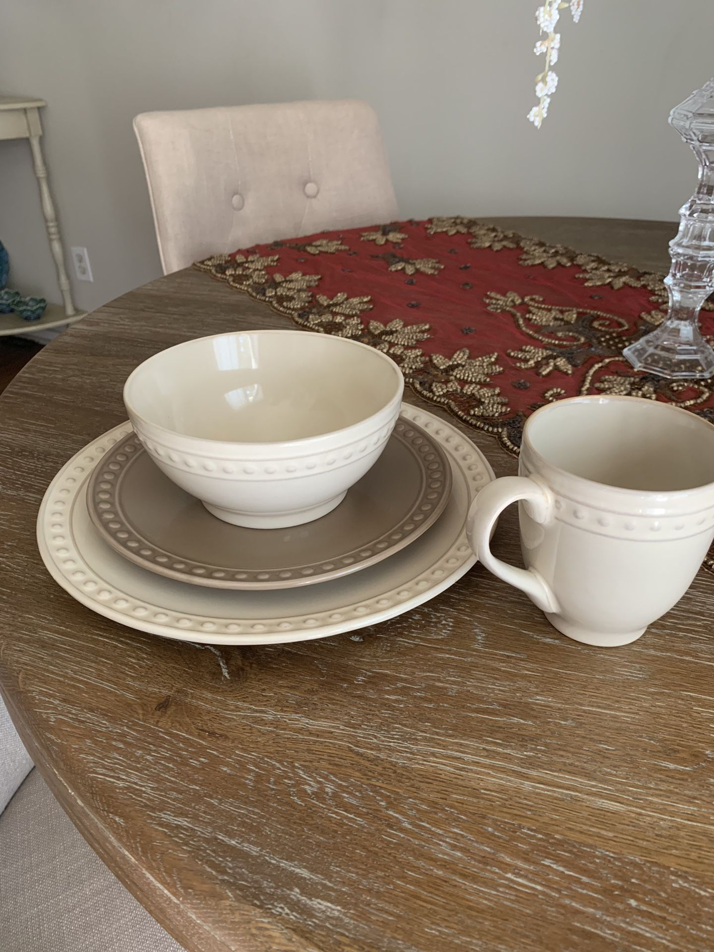 Plates, salad plates, bowls, mugs