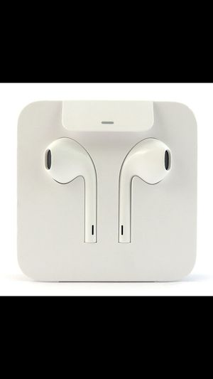 BRAND NEW IPHONE EARPHONES NOT WIRELESS!!!!! for Sale in Baltimore, MD