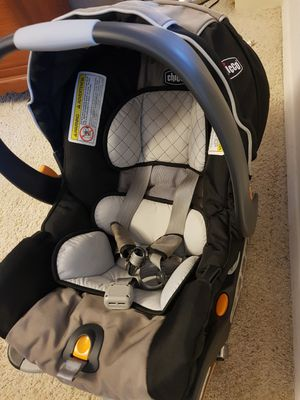 Chicco KeyFit® 30 Infant Car Seat for Sale in Alexandria, VA