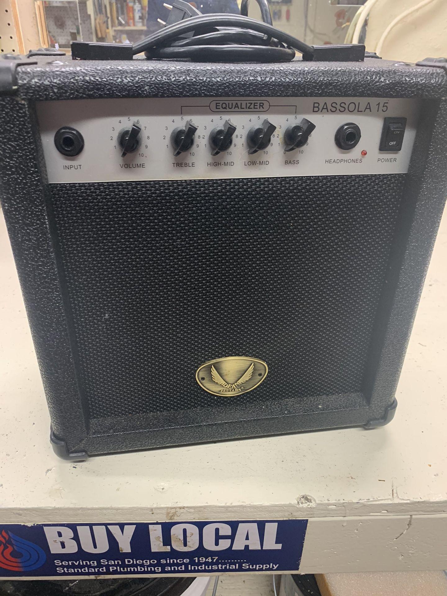 Bass Amplifier  Like New