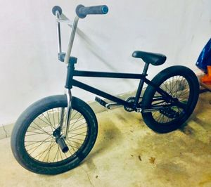 Photo Custom BSD BMX bike - Sunday subrosa primo odyssey odssy cult FIT rant BSD ALVX total colony stolen stranger clutch