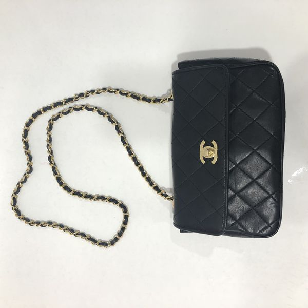 a23812355d5add Authentic Vintage Chanel Small Classic Quilted Black Leather Bag for ...
