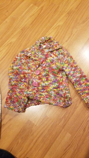 size 3T sweater7 for Sale in Madison Heights, MI