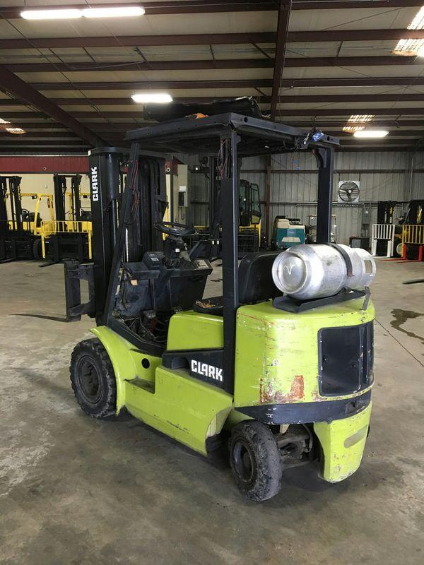 Clark C400 4,000 Lb cap. Forklift. Houston, TX