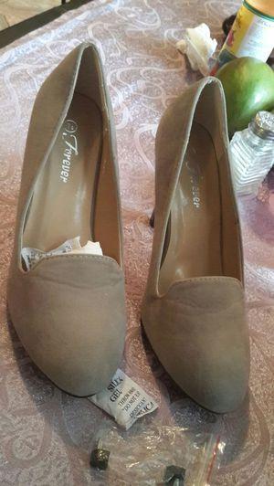 Zapatos elegantes y bellos size 7 1/2 siete y medio for Sale in Springfield, VA