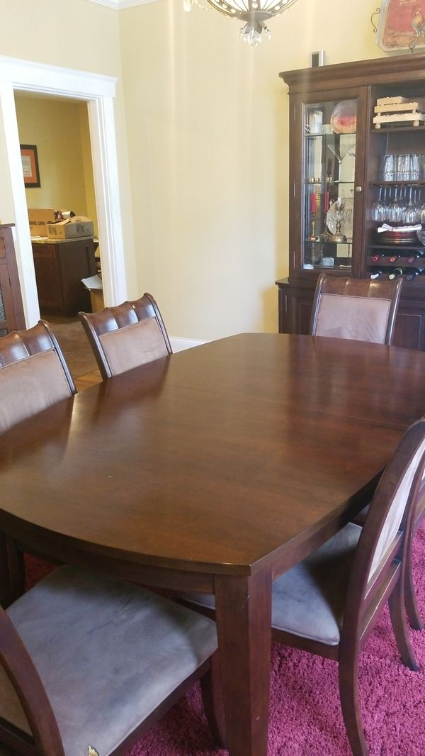 Dining Room Table with leaf and 6 chairs for Sale in Cincinnati, OH ...