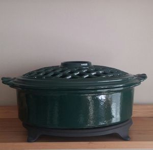 Vermont Castings Wood Burning Stove Steamer W/Cast Iron Trivet for Sale in Gaithersburg, MD