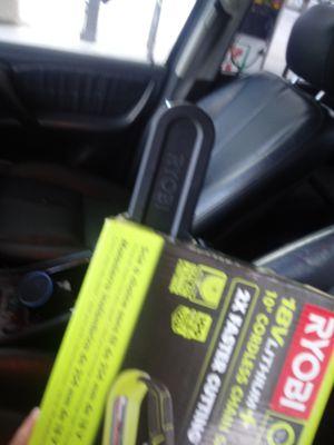 10 inch chain saw brand new still in box for Sale in Orlando, FL