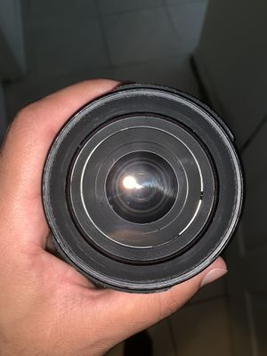 nikon 18-70mm wideangle lense for Sale in Kissimmee, FL
