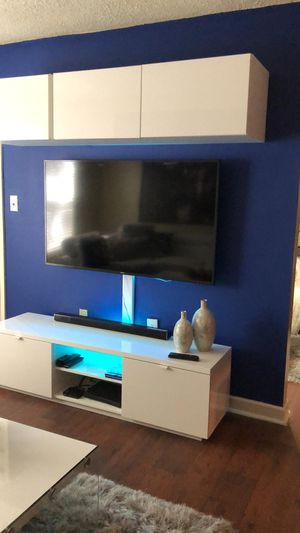 Two Tv units for Sale in Orlando, FL