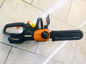 WORX WG380 40v MAX LITHIUM 2.0AH CORDLESS CHAINSAW for Sale in Liberty, MO