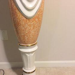 Nice porcelain floor lamp reg $120 now $100 brand new Thumbnail
