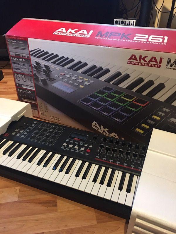 AKAI MPK 261 for Sale in Rex, GA - OfferUp