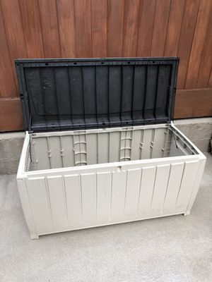 Photo 90 Gallon Outdoor Storage Box