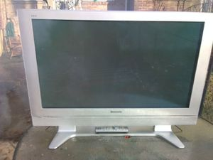 Panasonic 42 inch Plasma TV with remote control for Sale in Washington, DC