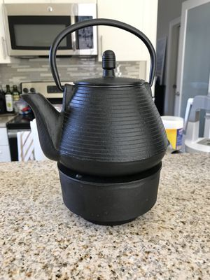 Cast iron kettle for Sale in Baltimore, MD