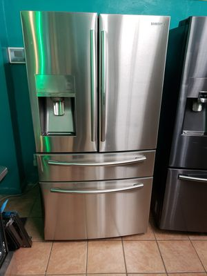 #@Refrigerator Samsung 4 Door Showcase for Sale in Los Angeles, CA