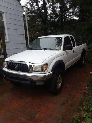 2001 Toyota Tacoma SR5 for Sale in Silver Spring, MD