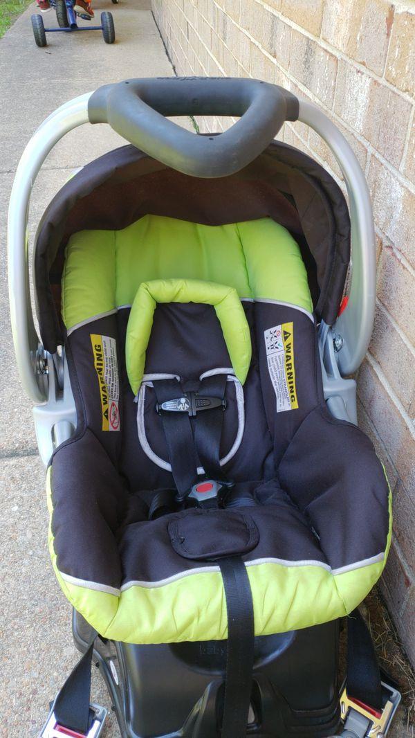 Baby Trend Infant Car Seat (Baby & Kids) in Virginia Beach, VA - OfferUp