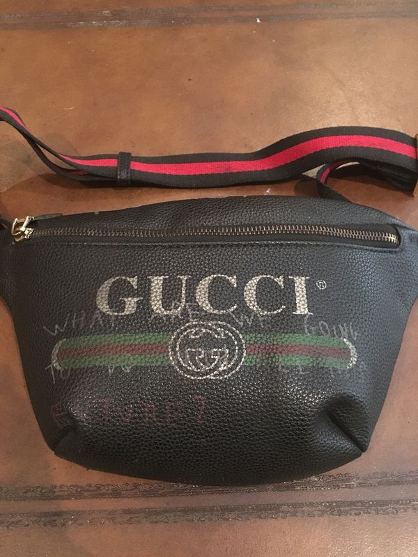 18ebc410ff2 Authentic Gucci fanny pack bag for Sale in Boca Raton