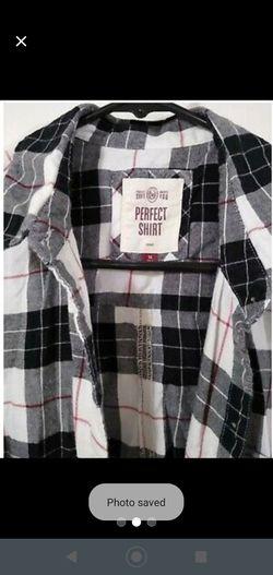 Women's Buffalo Plaid Button Down Shirt Medium Thumbnail