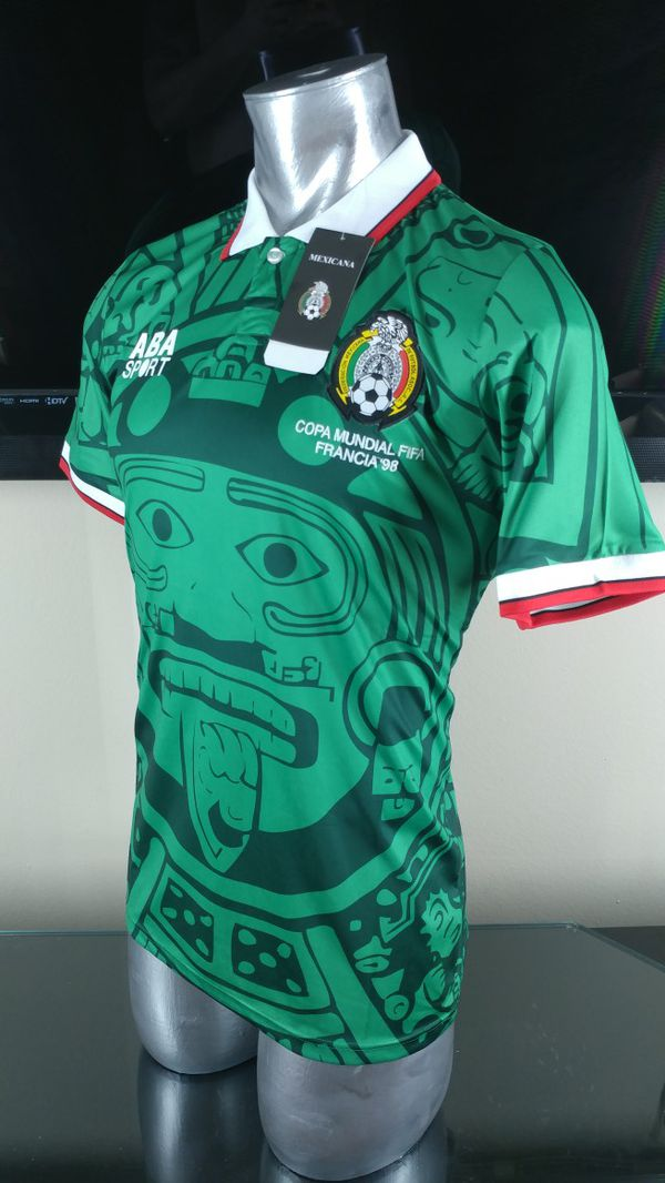 e78dc9225 RETRO MEXICO HOME 1998 / playera de mexico ( LARGE- MEDIUMSIZE) for Sale in  Addison, TX - OfferUp