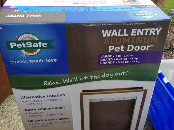 Petsafe Wall Entry Large Pet Door For Sale In Fife Wa Offerup