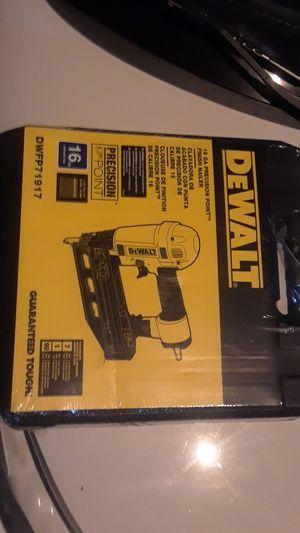 Dewalt 16 ga nail gun for Sale in Santee, CA