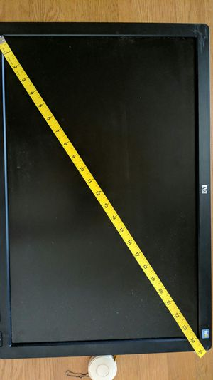 """24"""" LCD computer monitor HP L2445w for Sale in Bethesda, MD"""