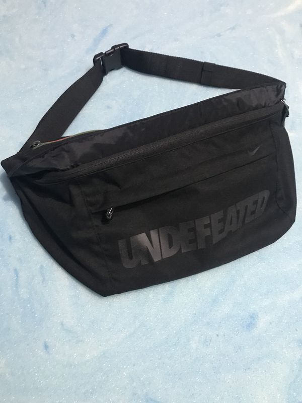 7cae02d961 Undefeated Nike bum bag side bag for Sale in Houston