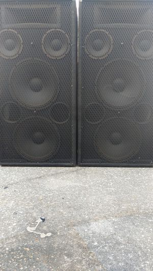 "Carvin 1588 Speakrs Dual 15"" 3-way 2 8"" & 1 horn Pair for Sale in Winter Garden, FL"
