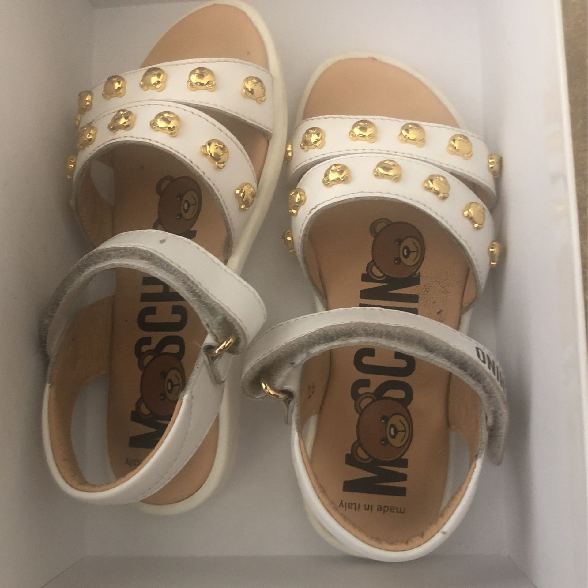 Toddler Sandal White And Gold Size 26