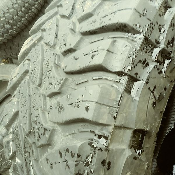 2 Tires 37x13.50 R17 For Sale In Portland, OR