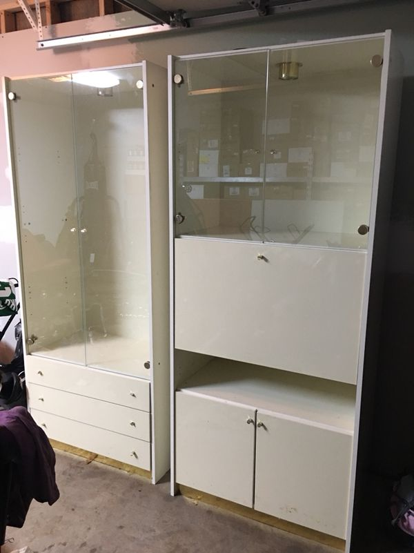 Gl Display Cabinets With Built In Lights For Wallingford Ct Offerup