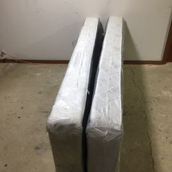 New split Queen size Boxspring / Foundation Thumbnail